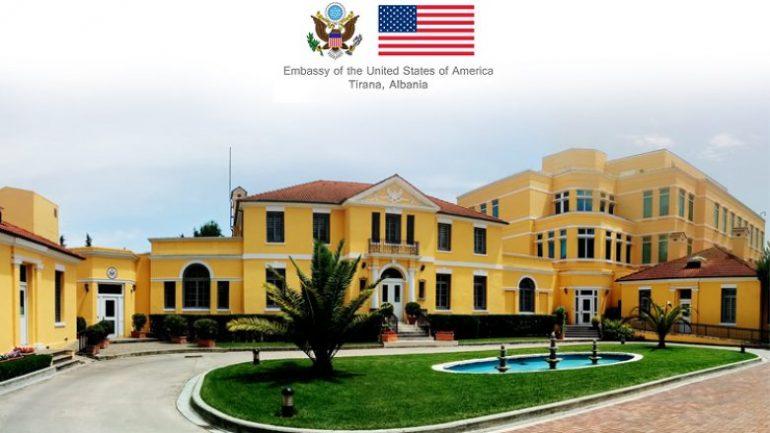 Ambasada e SHBA në Tiranë, jep njoftimin e rëndësishëm për programin e vizave