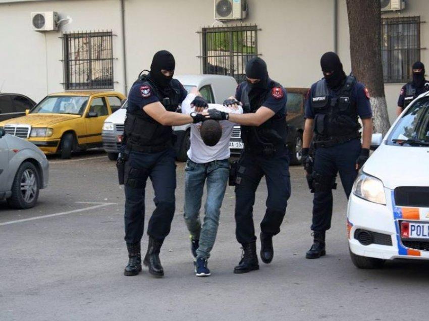 Kërkohej për vrasje, por fshihej në Tiranë / Policia arreston 27-vjeçarin francez
