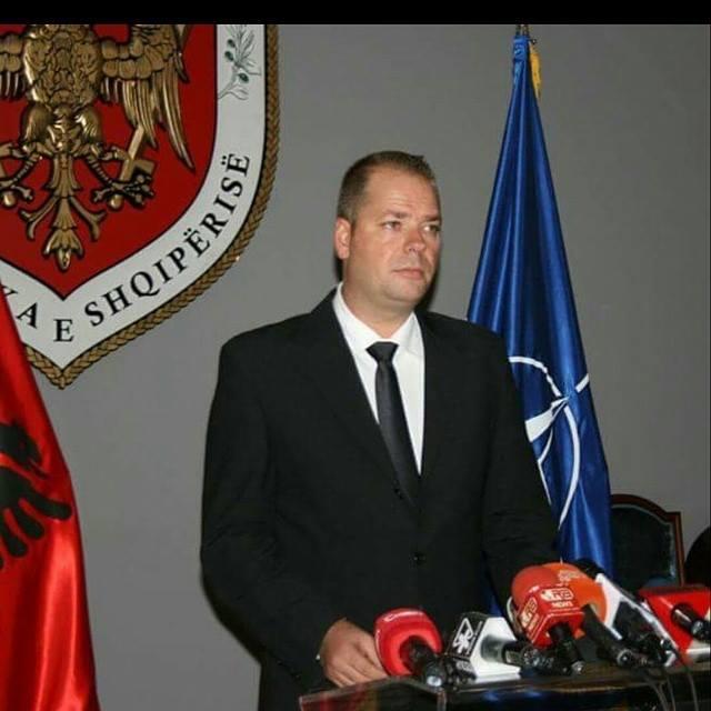 Ish zyrtari i lartë i Mbrotjes  E vërteta e helikopterëve që do të uleshin në shtëpinë e Topit
