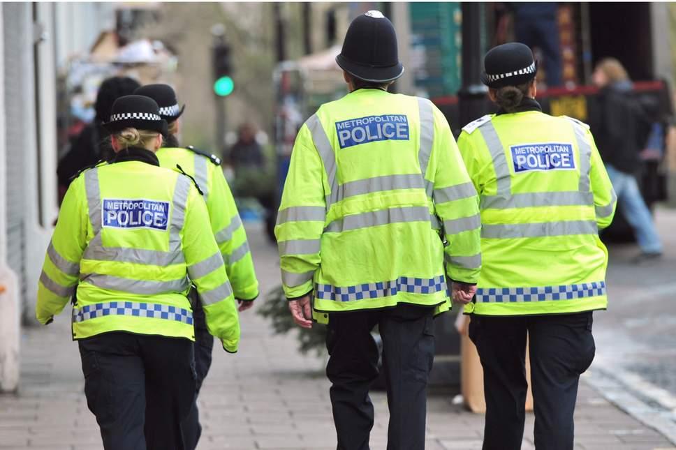 Policia londineze shkatërron bandën e drogës  të arrestuar edhe dy shqiptarë