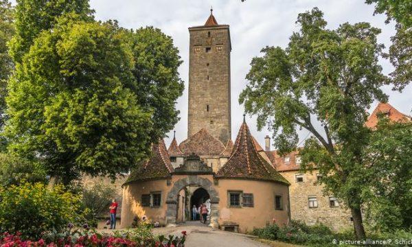 Rezultate imazhesh për Rothenburg ob der Tauber, Gjermani