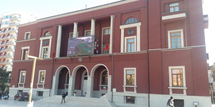 Emrat e fituesve, në këshillin bashkiak të Durrësit hyjnë tre parti