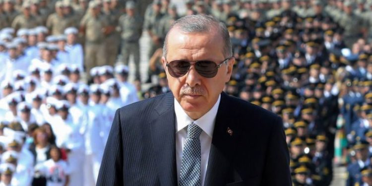 Ideja e Erdogan për ndarje gjinore në universitete ka zemëruar turqit