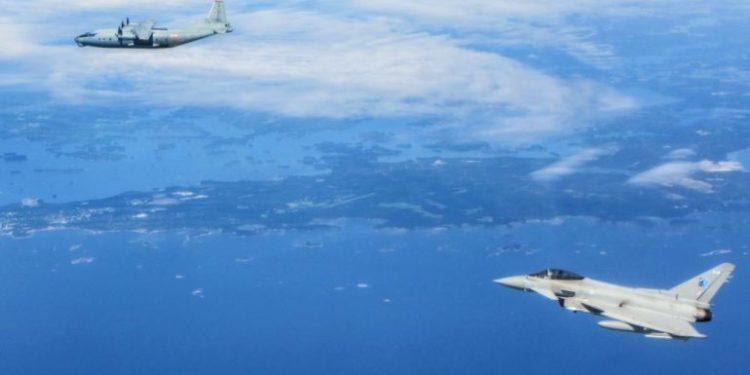 Ç'po ndodh? Rusia përplaset me SHBA, largon aeroplanin F-18 të NATO-s