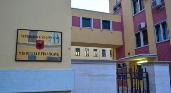 """Bllokimi i fondeve, ministria e Financave """"rrëzon"""" Voltana Ademin: Janë bërë të gjitha pagesat"""