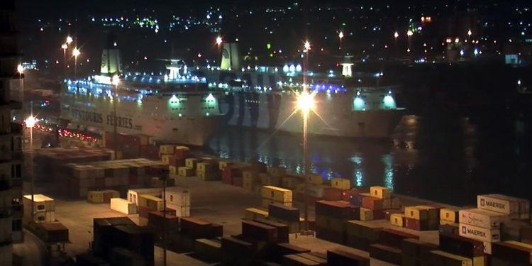 Një anije me 3600 ton grurë rus bllokohet në Durrës