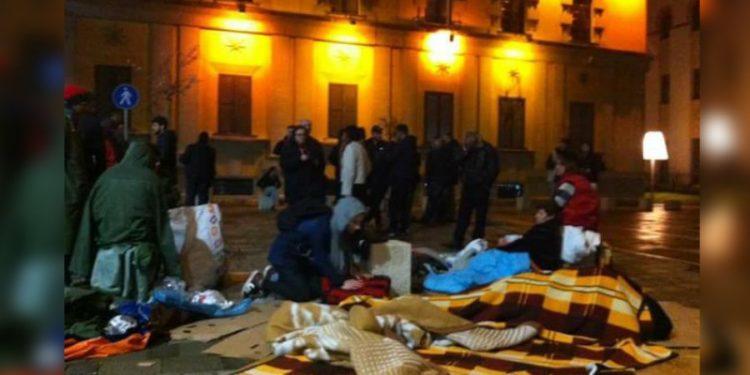 Tërmeti nuk shembi Tiranën mbrëmë por groposi gazetarinë