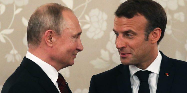 Diplomati bullgar: Pas vetos së Macron për Tiranën dhe Shkupin, Putin ka porositur shampanjë
