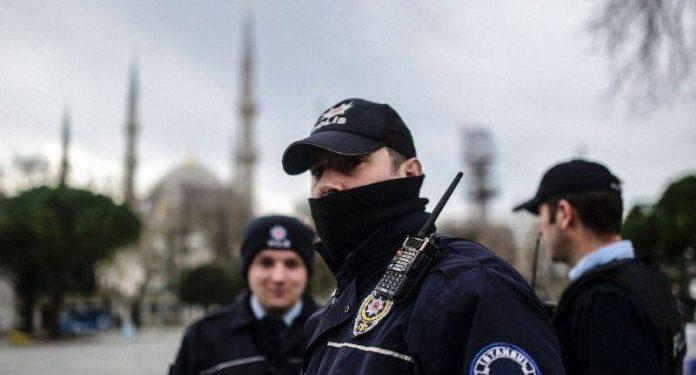 Turqia prangos pesë gjermanë, akuzohen për lidhje me kurdët