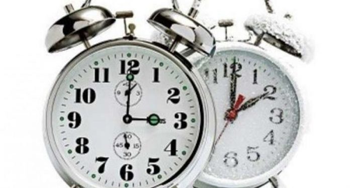 Më 27 tetor ndryshon ora: Akrepat lëvizin një orë prapa