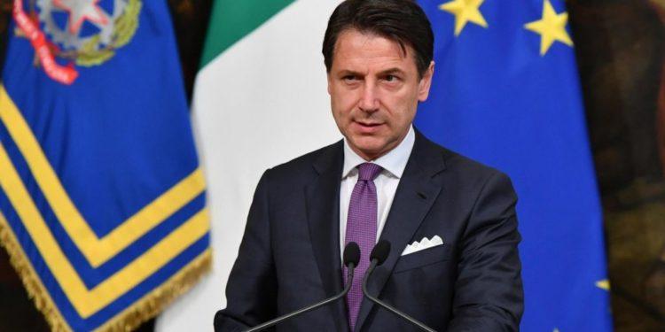 """""""Financial Times""""/ Kryeministri italian ishte këshilltar i një fondi në hetim nga Vatikani"""