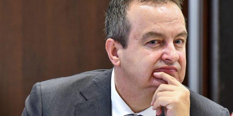 Ministri i Jashtëm serb nuk heq dorë nga tërheqja e njohjeve për Kosovën