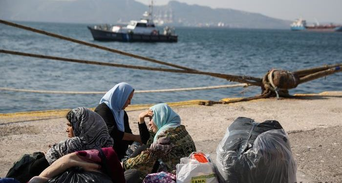 Alarmi në BE! Mund të shpërthejë situata me refugjatët në Greqi?!