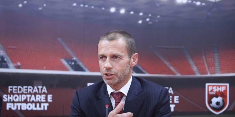 Ceferin, apel nga Tirana: Zero tolerencë për idiotët që bëjnë thirrje politike në stadium