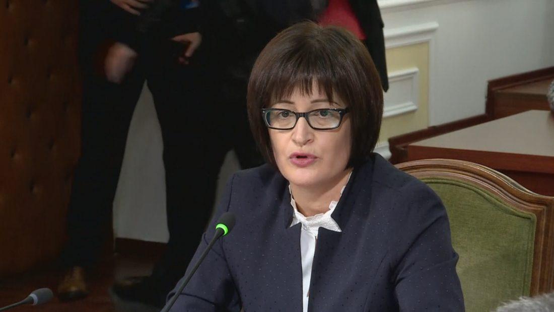 Vorpsi flet pas mbërritjes në zyrë: Kam ardhur si anëtare e Gjykatës Kushtetuese