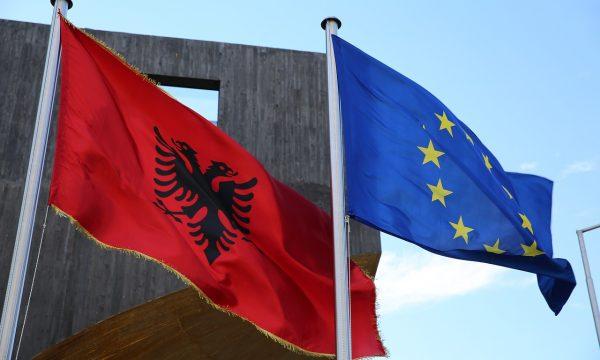 """""""Pranimi në BE, politikë e përgjegjshme, jo barrë"""", ish-ministrat e Jashtëm letër për Shqipërinë e MV"""