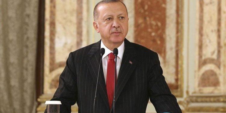 Erdogan: Gulen, i rëndësishëm për Turqinë si al-Baghdadi për Amerikën