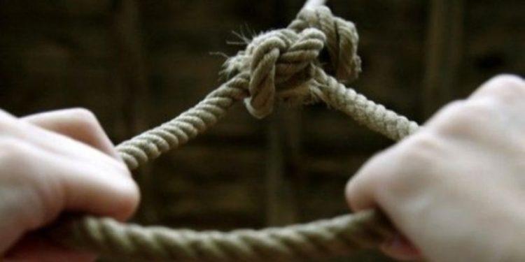 E rëndë në Selenicë, gjendet e varur 39-vjeçarja