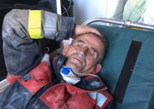 Rama e quajti hero, flet zjarrfikësi Kapaj: Bisedat me të mbijetuarit nën rrënojat e Durrësit