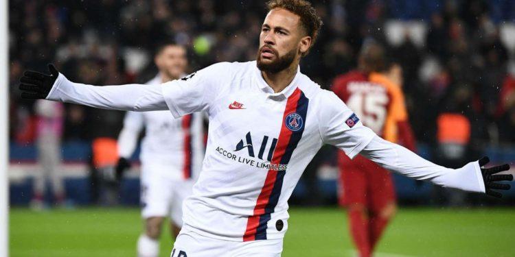 """""""A jam i lumtur në Paris""""? Neymar i lë të gjithëve pa fjalë"""