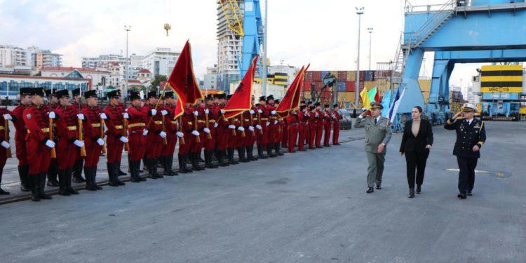 FOTO/ Misioni 3-vjeçar në Egje, Xhaçka me Forcat Detare: Pashalimani bazë e NATO-s, ka nisur ringritja e flotës