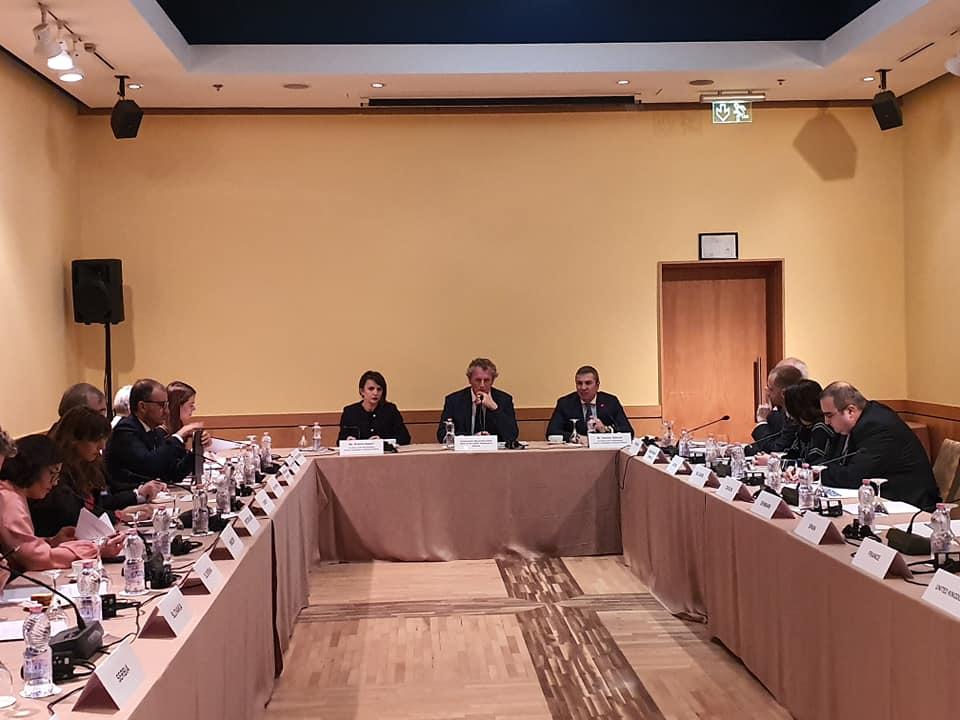 Reforma Zgjedhore/ Gjiknuri flet për dialogun me opozitën në takimin e OSBE: Informuam ambasadorët për…